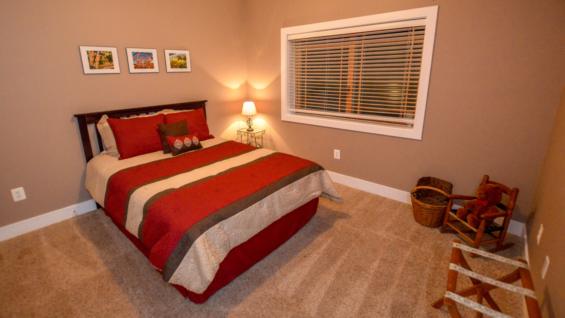 Room-T-View1-v1
